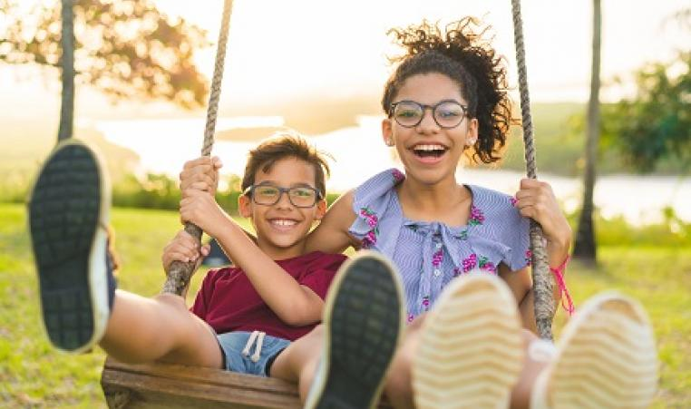 Greater_Wichita_YMCA_Labor_Day_2019_Schedule_Kids_Swing_Thumbnail_450x300
